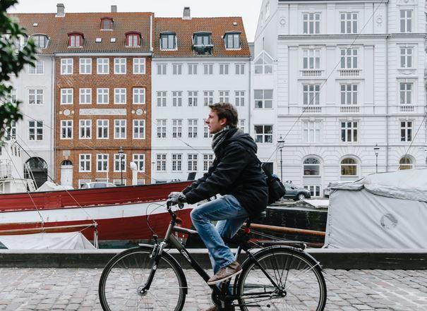 Wonen Op Woonboot : Waarom wonen mensen in een woonboot ik heb een vraag